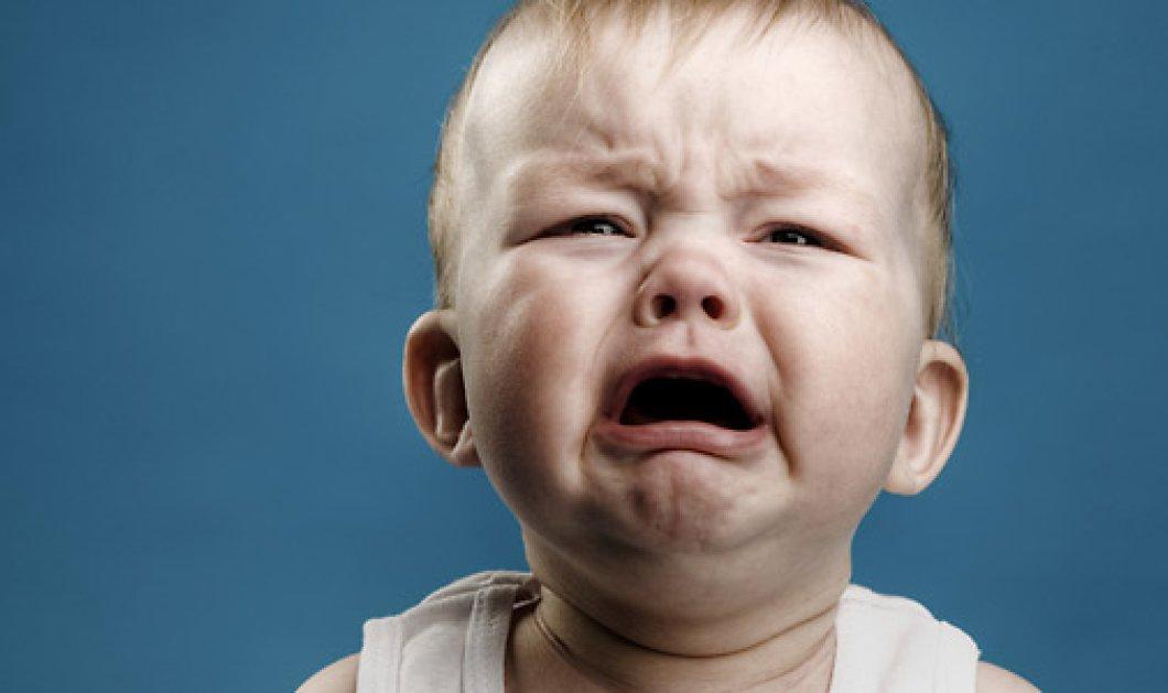 Βίντεο : και κλααάμα το μωρό ώσπου μυρίζει το φουστάνι της μαμάς του! - Κυρίως Φωτογραφία - Gallery - Video