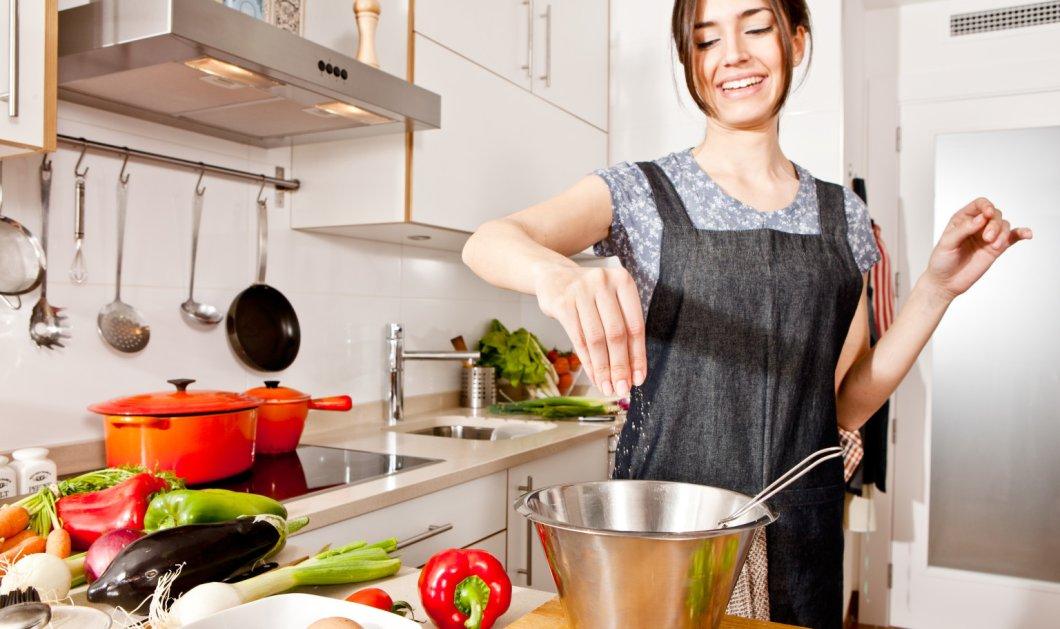 Τα 5 λάθη που κάνεις όταν ψήνεις στο φούρνο και μαγειρεύεις   - Κυρίως Φωτογραφία - Gallery - Video