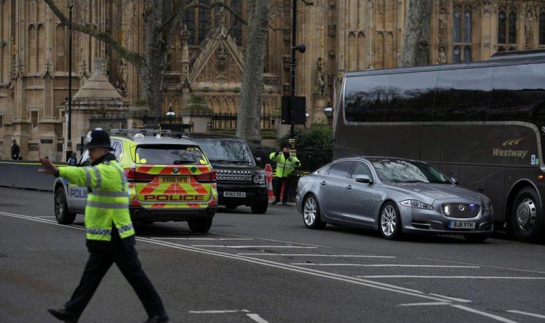 Λονδίνο μακελειό: Πως περιγράφει Έλληνας δημοσιογράφος που βρέθηκε κοντά στον τόπο της επίθεσης   - Κυρίως Φωτογραφία - Gallery - Video