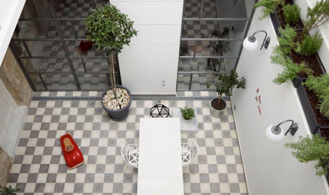 Συγκλονιστική κατοικία στον Πειραιά: Το παλιό αρχοντικό που έγινε υπόδειγμα & σύγχρονο όμορφο σπίτι  - Κυρίως Φωτογραφία - Gallery - Video