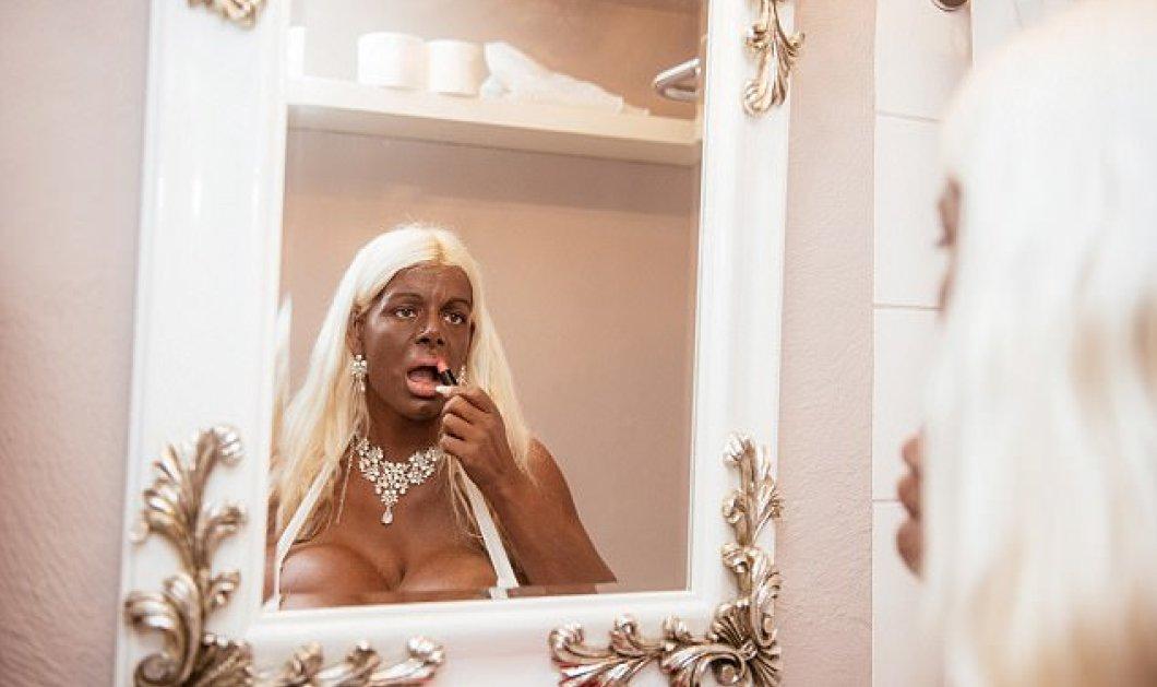 Ξόδεψε 50 χιλιάδες ευρώ για να έχει τα μεγαλύτερα στήθη στην Ευρώπη & να γίνει μαύρη από λευκή Γερμανίδα -Φώτο - Κυρίως Φωτογραφία - Gallery - Video