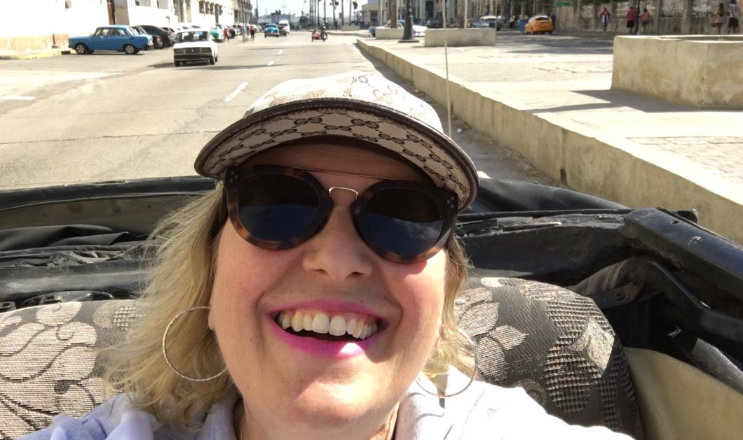 Αποκλειστικό: Η διάσημη Ελληνίδα συγγραφέας Κατερίνα Τσεμπερλίδου γράφει στο eirinika για το συναρπαστικό της ταξίδι στην Κούβα - Κυρίως Φωτογραφία - Gallery - Video