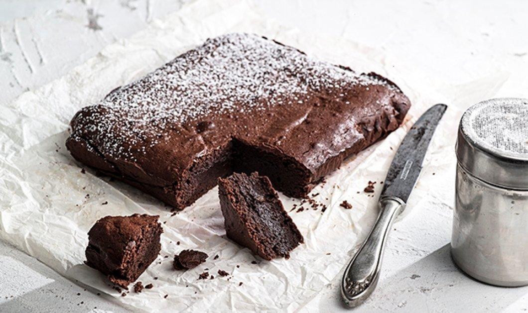 Το ωραιότερο μαστιχωτό brownies με πολύ σοκολάτα- Την συνταγή μας δίνει η Αργυρώ Μπαρμπαρίγου - Κυρίως Φωτογραφία - Gallery - Video