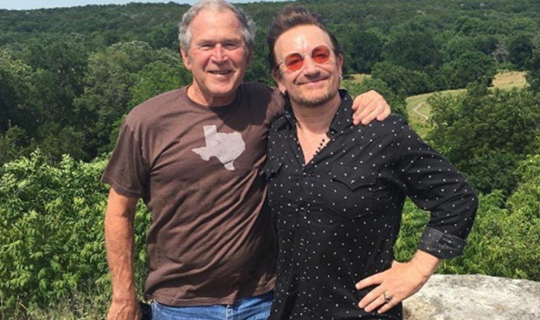 Ο Μπόνο των U2 αγκαλιά με τον Τζορτζ Μπους στο ράντσο του - Για ποιο λόγο συναντήθηκαν οι δυο τους - Κυρίως Φωτογραφία - Gallery - Video