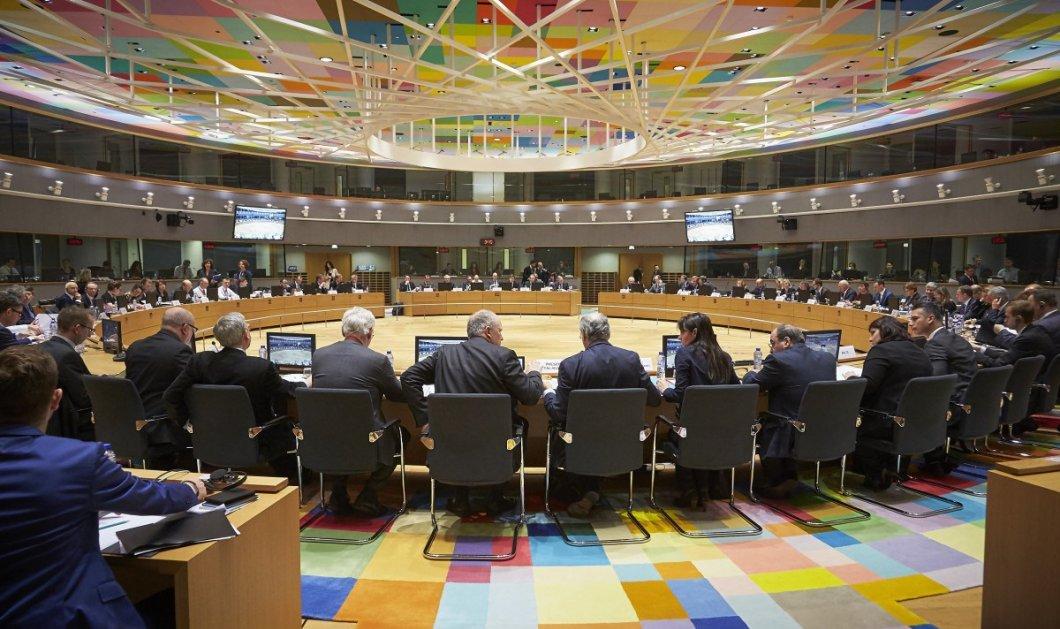 Βρυξέλλες - Live: Το κρίσιμο Eurogroup για το ελληνικό χρέος - Κυρίως Φωτογραφία - Gallery - Video