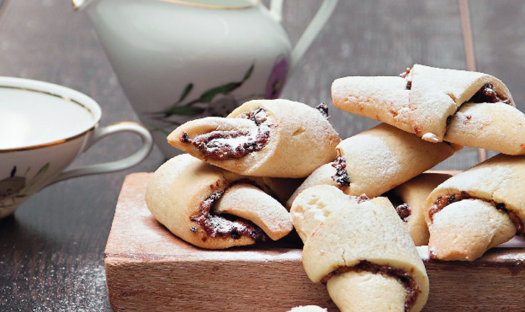 Θα τα φάτε ένα ένα: Μπισκότα -κρουασάν γεμιστά από τα χρυσά χέρια του Στέλιου Παρλιάρου - Κυρίως Φωτογραφία - Gallery - Video