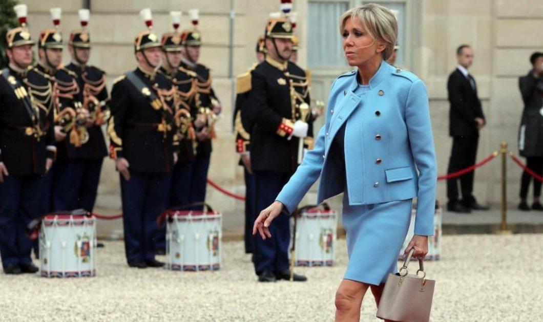 H Brigitte Macron λαμβάνει 150 γράμματα την ημέρα - Προσέλαβαν έξτρα προσωπικό για να απαντά - Κυρίως Φωτογραφία - Gallery - Video