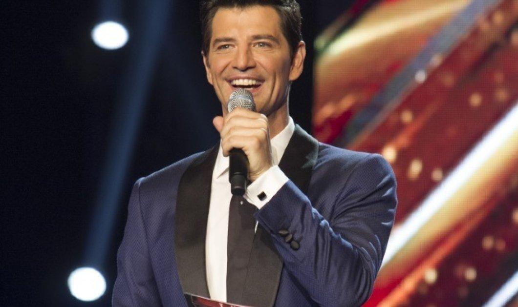 Ο γάμος του Σάκη Ρουβά πλησιάζει και του ετοίμασαν μία μικρή έκπληξη στην σκηνή του X-Factor... (Βίντεο) - Κυρίως Φωτογραφία - Gallery - Video