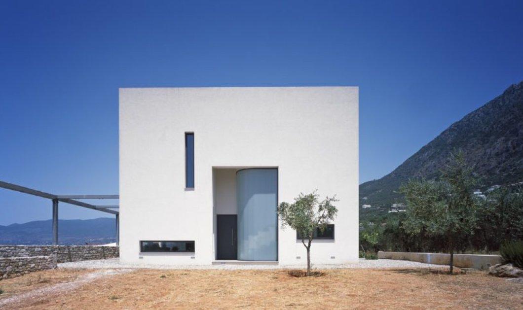 Βραβευμένοι Έλληνες αρχιτέκτονες έφτιαξαν μοντέρνο πύργο στη Μάνη : φέρνουν την φύση μέσα στα δωμάτια – φωτο - Κυρίως Φωτογραφία - Gallery - Video