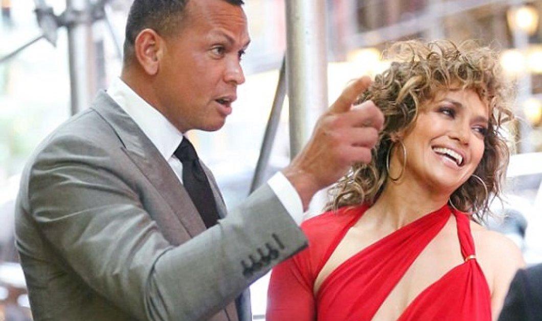Δεύτερα γενέθλια σε 5 μέρες: Jennifer Lopez με κόκκινο της φωτιάς γιορτάζει τα 42 του έρωτα της Alex Rodriguez  - Κυρίως Φωτογραφία - Gallery - Video