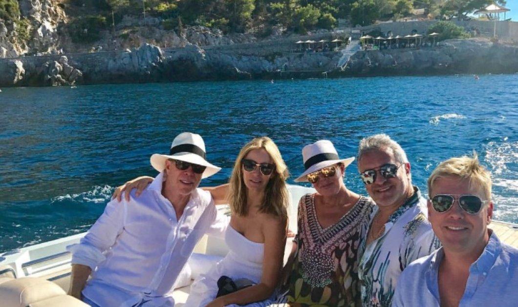 Η μητέρα - manager των Καρντάσιαν κάνει διακοπές στην Ύδρα με το ζεύγος Τομυ Χίλφιγκερ – φωτό - Κυρίως Φωτογραφία - Gallery - Video