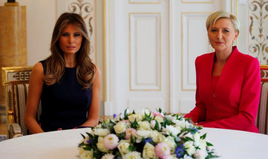 Μελάνια και Ιβάνκα: Κλέβουν τις εντυπώσεις από τον Ντόναλντ Τραμπ με τις όμορφες ενδυματολογικές τους επιλογές! (ΦΩΤΟ) - Κυρίως Φωτογραφία - Gallery - Video