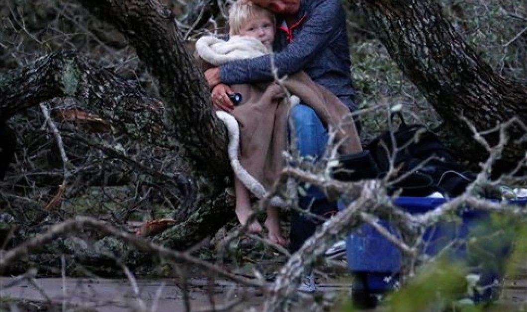 Εικόνες βιβλικής καταστροφής στο Τέξας: Δύο νεκροί, σοβαρές ζημιές από τον τυφώνα Χάρβεϊ - Κυρίως Φωτογραφία - Gallery - Video