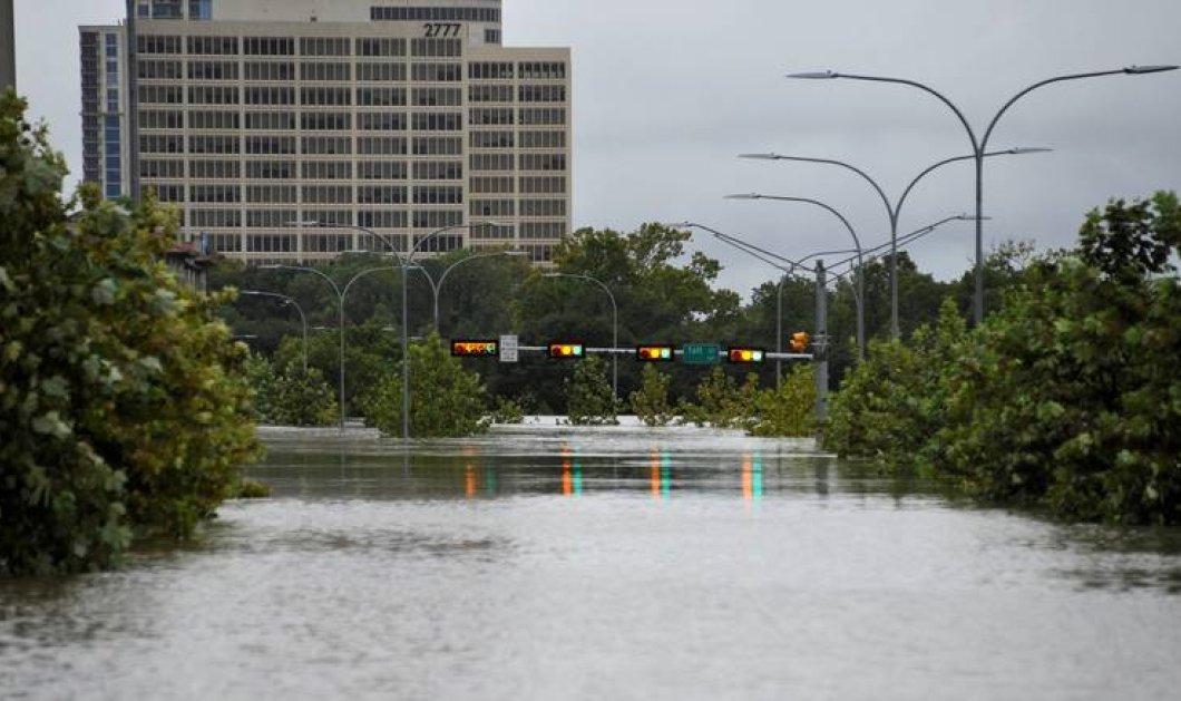 Ιστορία που συγκλονίζει: 6 μέλη μιας οικογένειας ανασύρθηκαν νεκρά από την τροπική καταιγίδα στο Τέξας - Κυρίως Φωτογραφία - Gallery - Video