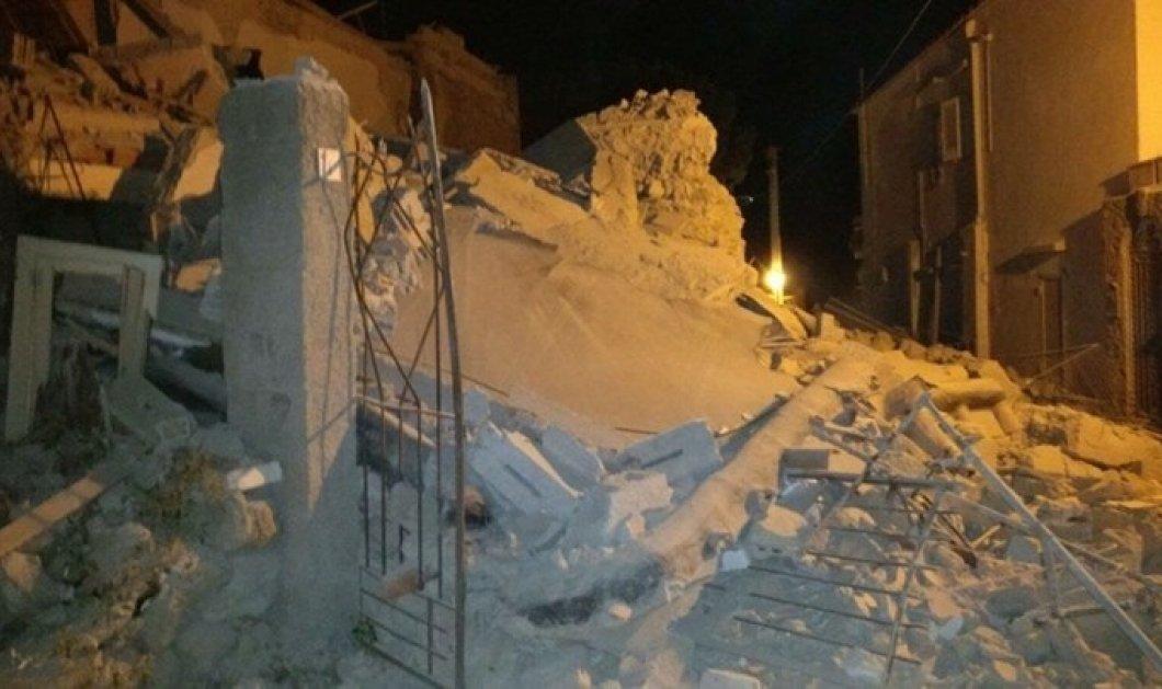 Φωτό βίντεο - φονικός σεισμός 4 Ρίχτερ στη Νάπολη - Δύο νεκροί δεκάδες τραυματίες - Παιδιά κάτω από τα συντρίμμια εκατοντάδων σπιτιών - Κυρίως Φωτογραφία - Gallery - Video