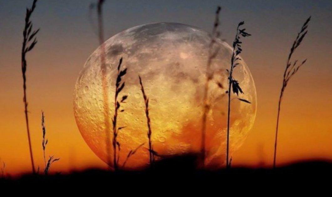 Πανσέληνος - Σεληνιακή Έκλειψη Αυγούστου στον Υδροχόο: Πώς επηρεάζει τα 12 ζώδια; - Κυρίως Φωτογραφία - Gallery - Video