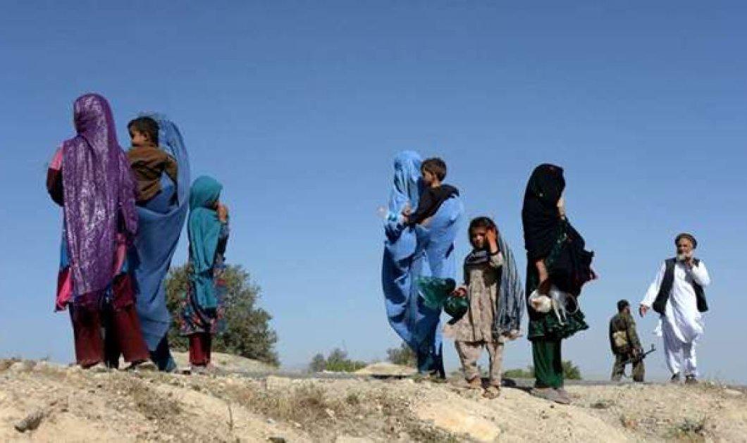 Σοκ στο Αφγανιστάν: Η επιδρομή των Ταλιμπάν άφησε ομαδικούς τάφους με αποκεφαλισμένες σορούς  - Κυρίως Φωτογραφία - Gallery - Video