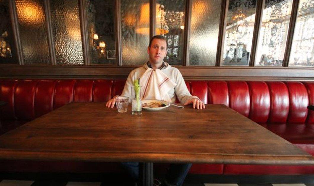 Αυτός ο άνθρωπος έτρωγε μπέργκερ για 1 ολόκληρο χρόνο: έφτασε να κάνει εμετό η να κλαίει από τον κορεσμό - Κυρίως Φωτογραφία - Gallery - Video