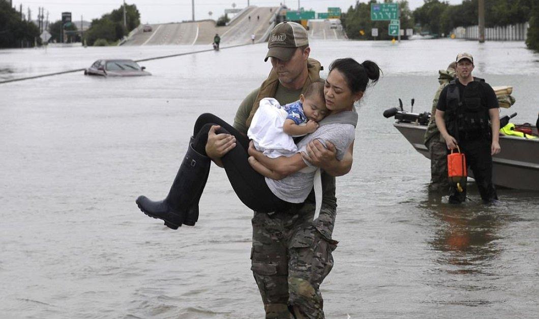 Ο τυφώνας Χάρβεϊ δεν άφησε τίποτε όρθιο στο πέρασμα του - Εικόνες βιβλικής καταστροφής σε πόλεις του Τέξας (ΦΩΤΟ) - Κυρίως Φωτογραφία - Gallery - Video