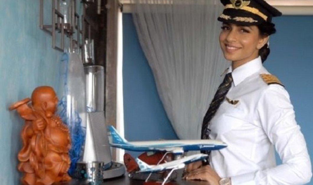 Τοpwoman: Η πανέμορφη νεότερη γυναίκα κυβερνήτης Boeing 777 στον κόσμο! Εσείς θα μπαίνατε στο αεροπλάνο της; (ΦΩΤΟ-ΒΙΝΤΕΟ) - Κυρίως Φωτογραφία - Gallery - Video