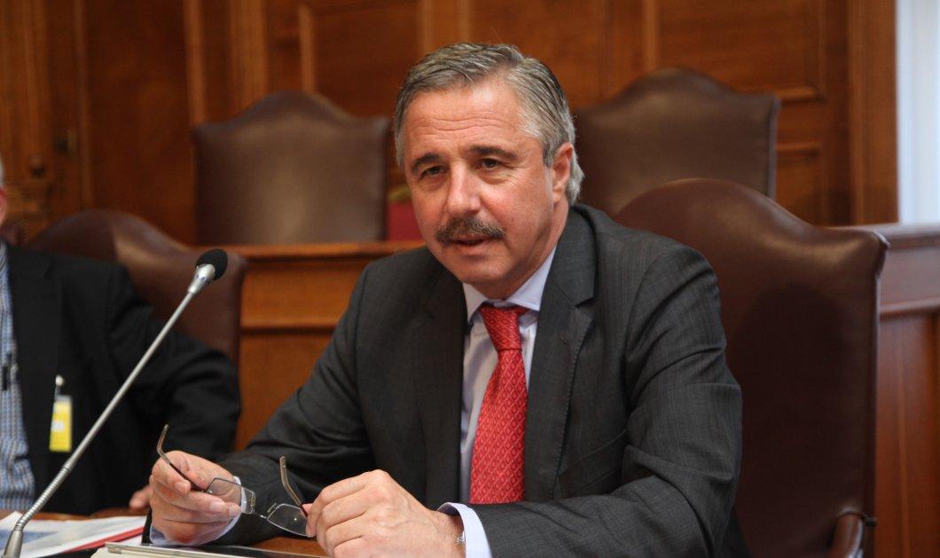 Ο Γιάννης Μανιάτης ανακοίνωσε την υποψηφιότητά του για την Κεντροαριστερά - Κυρίως Φωτογραφία - Gallery - Video