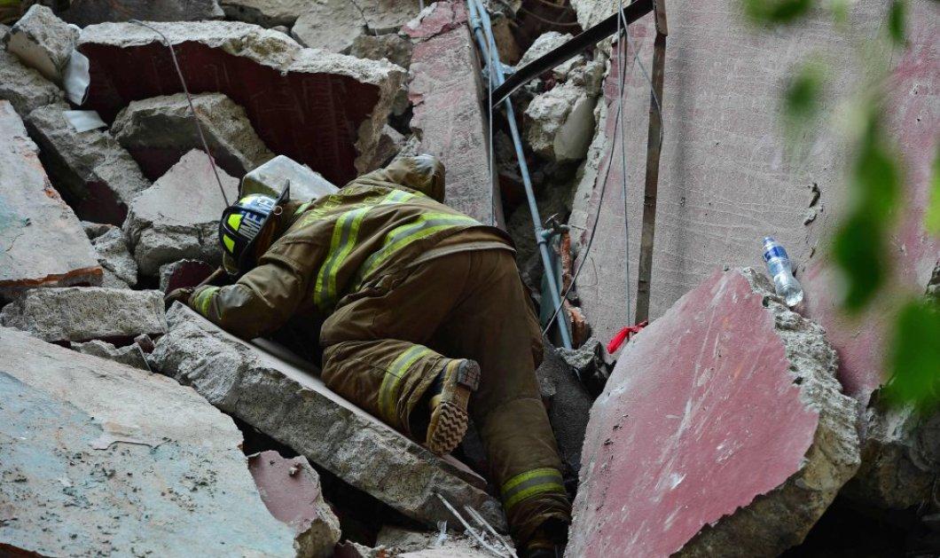 30 συνταρακτικές φωτογραφίες από τον σεισμό στο Μεξικό - 230 νεκροί & σπίτια - χάρτινοι πύργοι που κατέρρευσαν - Κυρίως Φωτογραφία - Gallery - Video