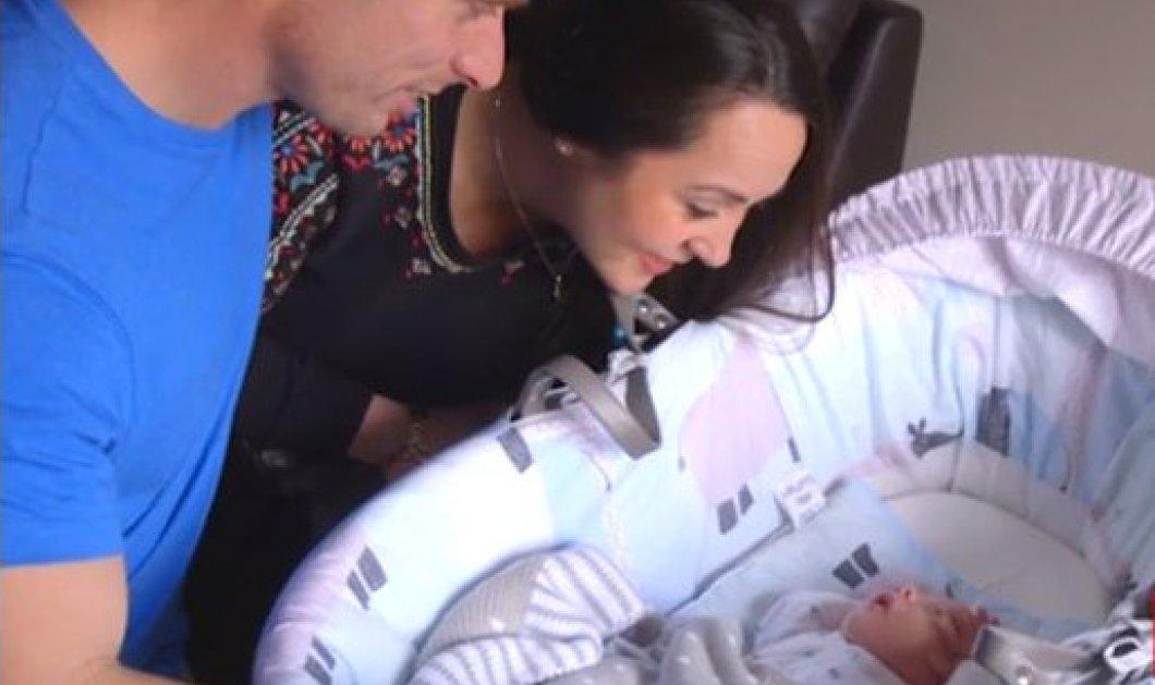 Συγκινητική είδηση: Γέννησε με εξωσωματική - 9.000 λίρες δώρο του Τζορτζ Μάικλ  - Κυρίως Φωτογραφία - Gallery - Video