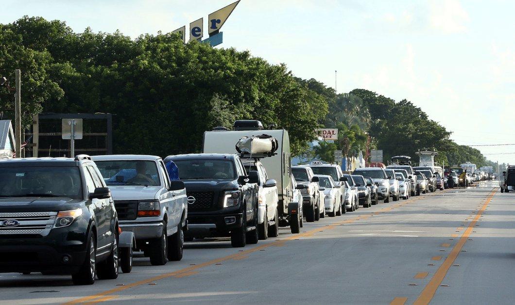 «Κόκκινος» συναγερμός στις ΗΠΑ: 5,6 εκατ. πολίτες εγκαταλείπουν τη Φλόριντα λόγω του τυφώνα Ίρμα - Κυρίως Φωτογραφία - Gallery - Video