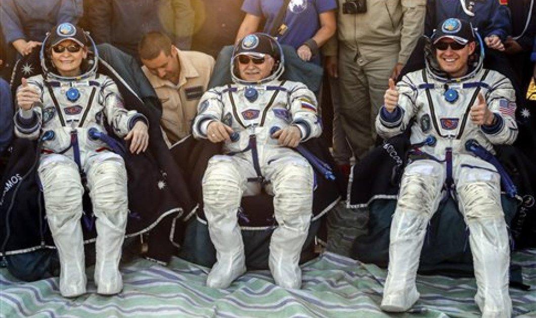"""Ο """"δικός"""" μας αστροναύτης Γιουρτσίχιν με Γουίτσον & Φίσερ επέστρεψαν στη γη  - Κυρίως Φωτογραφία - Gallery - Video"""