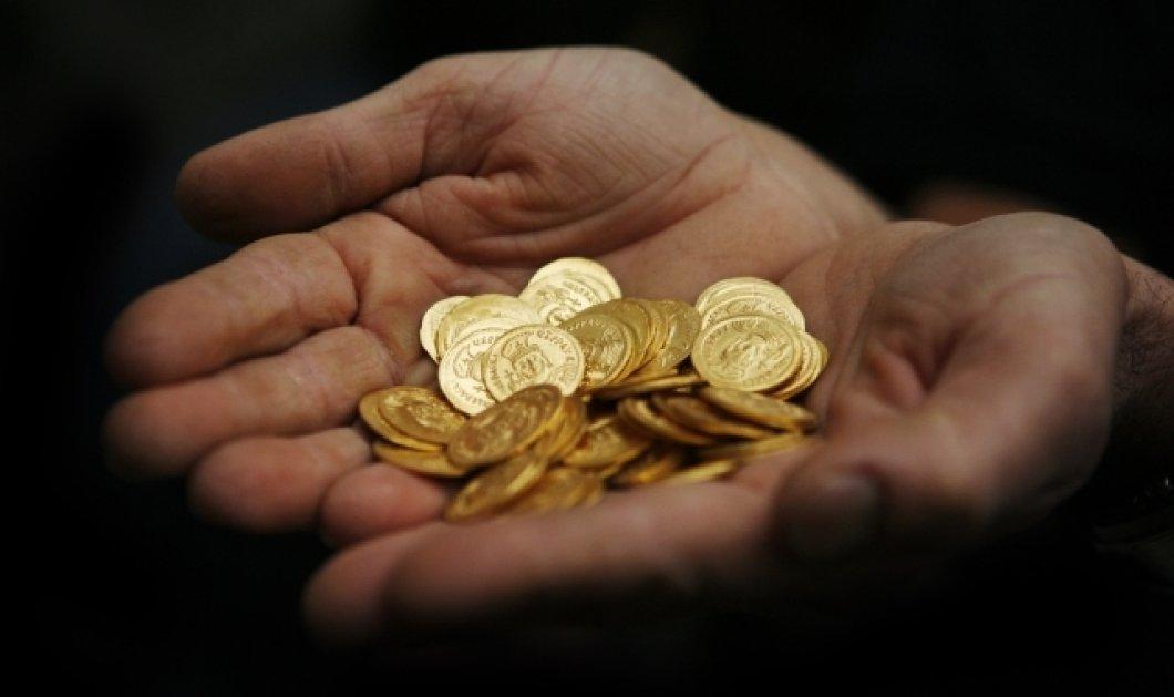 Γιατί οι Έλληνες επενδύουν σε λίρες & εταιρικά ομόλογα - Πόσο κέρδισαν από τη χρυσή λίρα , τι πυροδότησε την ανατίμηση  - Κυρίως Φωτογραφία - Gallery - Video