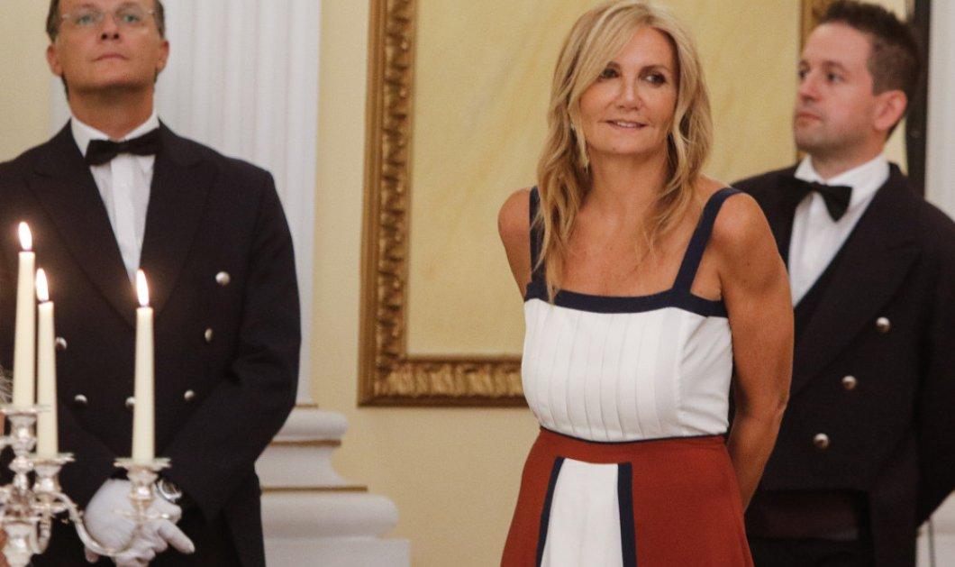 Μαρέβα Μητσοτάκη: Με φόρεμα της δικής τη Zeus & Dion συλλογής στο προεδρικό δείπνο και το δώρο στην Μπριζίτ Τρονιέ - Κυρίως Φωτογραφία - Gallery - Video