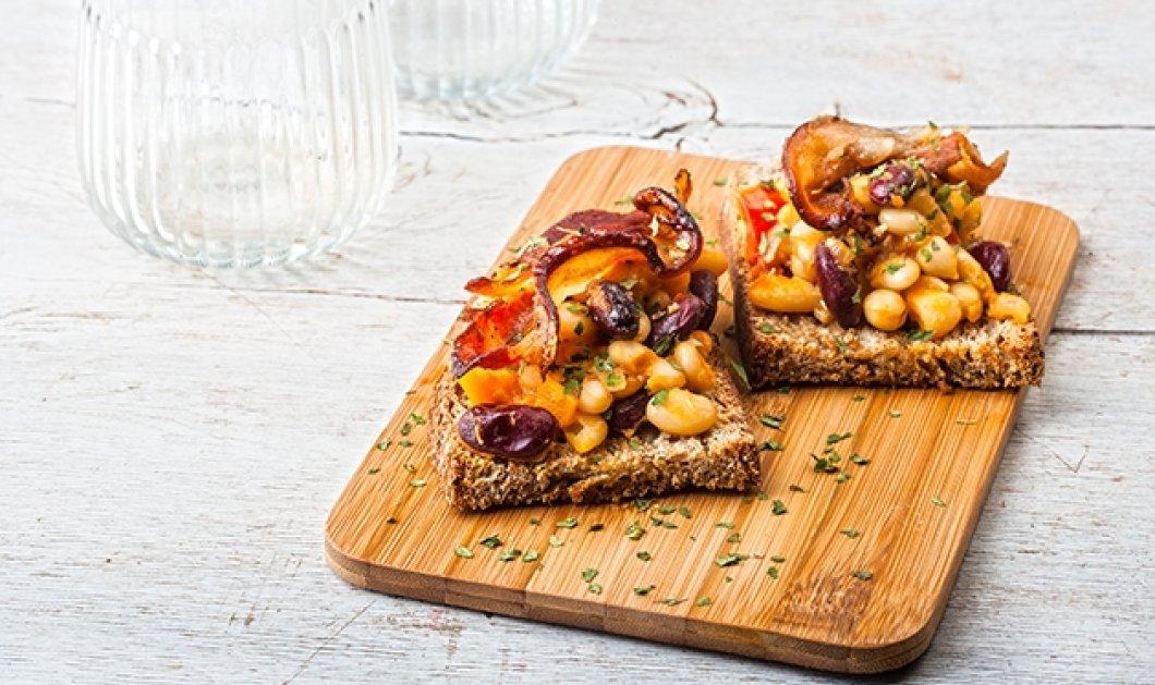 Ψητή φασολάδα με τραγανό μπέικον και χωριάτικες μπρουσκέτες ετοιμάζει με μεράκι η Αργυρώ Μπαρμπαρίγου - Κυρίως Φωτογραφία - Gallery - Video