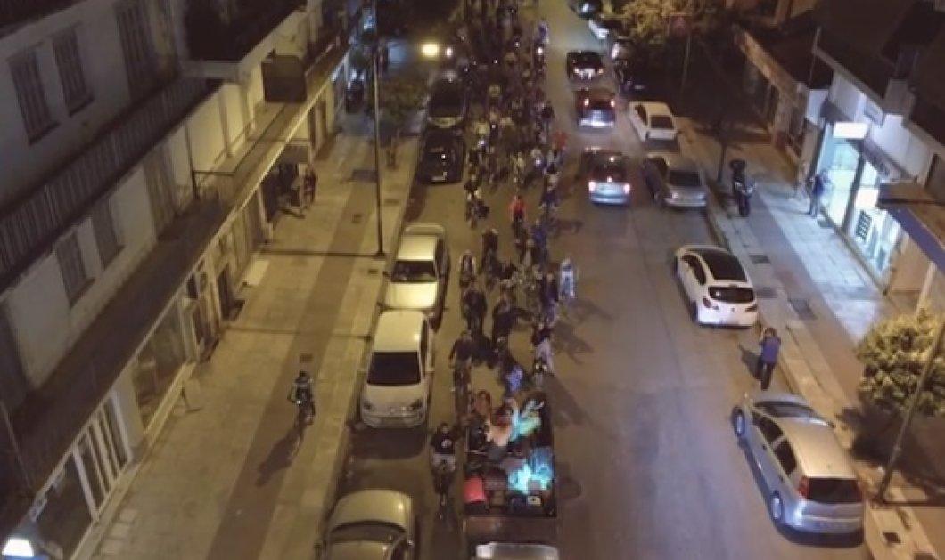 Τρίκαλα: Η απίστευτη συναυλία του Τόνι Σφήνου πάνω σε τρακτέρ (ΒΙΝΤΕΟ) - Κυρίως Φωτογραφία - Gallery - Video