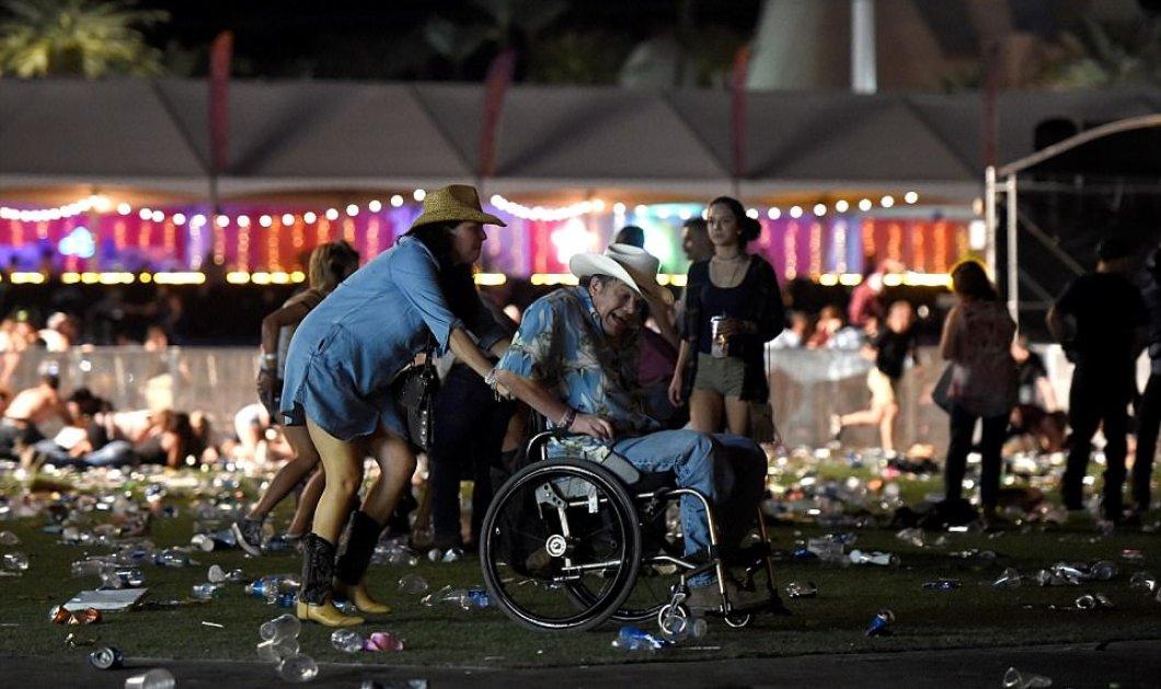 Τo αποκρουστικό πρόσωπο της τυφλής βίας: 20 εικόνες από το μακελειό του Λας Βέγκας με τουλάχιστον 58 νεκρούς  - Κυρίως Φωτογραφία - Gallery - Video