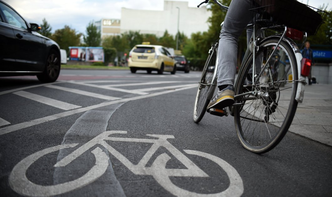 Το Βερολίνο γίνεται η παγκόσμια πόλη του ποδηλάτου: Επέκταση των ποδηλατοδρόμων - Κυρίως Φωτογραφία - Gallery - Video