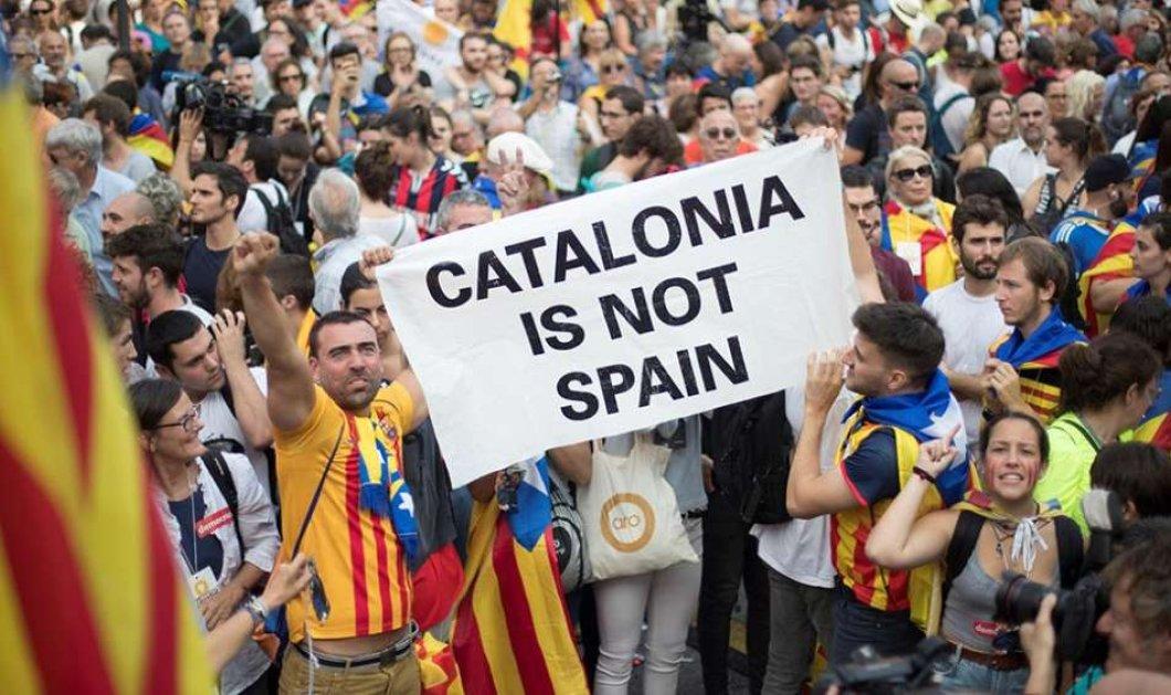 Η εισαγγελία της Ισπανίας θα καταθέσει μήνυση κατά του Πουτζντεμόν με την κατηγορία της εξέγερσης - Κυρίως Φωτογραφία - Gallery - Video