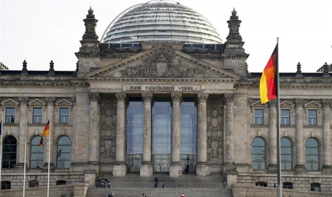 Tο ανώτατο δικαστήριο στη Γερμανία ζητάει τη θεσμοθέτηση «τρίτου φύλου»  - Κυρίως Φωτογραφία - Gallery - Video