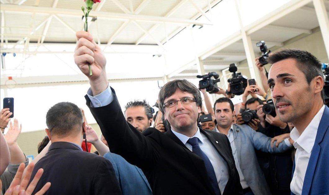 Βέλγιο: Ελεύθερος ο Πουτζντεμόν – Εκκρεμεί το ευρωπαϊκό ένταλμα σύλληψης - Κυρίως Φωτογραφία - Gallery - Video