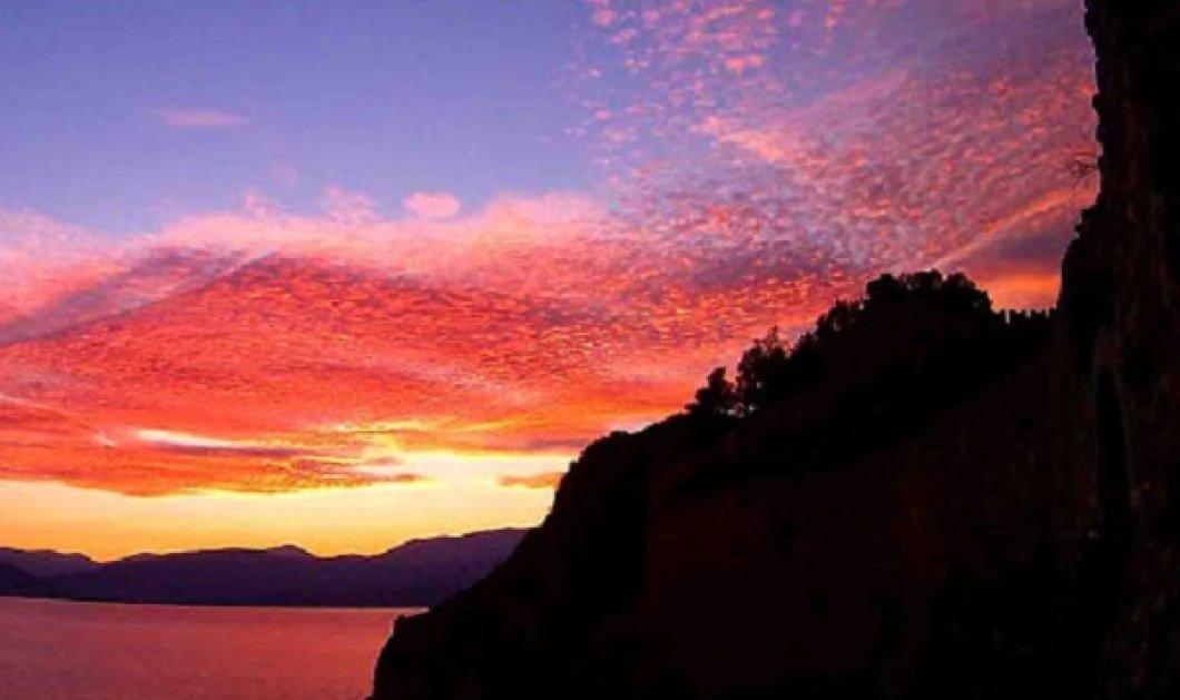 Ο ουρανός στο Ναύπλιο έγινε ξαφνικά κόκκινος και το υπερθέαμα είναι ασύλληπτο (ΦΩΤΟ) - Κυρίως Φωτογραφία - Gallery - Video