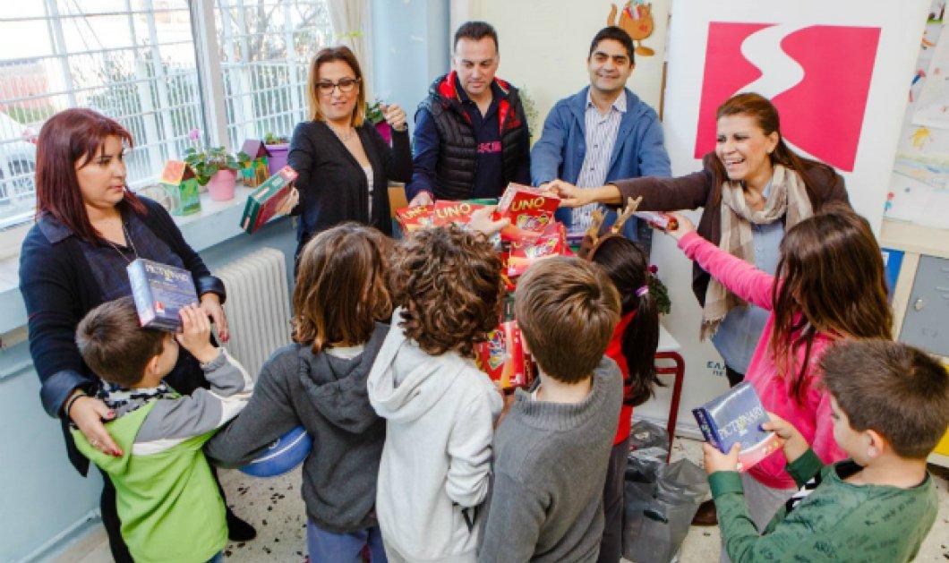 Good news: Χαμόγελα μοιράζει τις μέρες των εορτών η ΕΚΟ - Κίνηση αγάπης προς μαθητές & σχολεία όλης της χώρας - Κυρίως Φωτογραφία - Gallery - Video