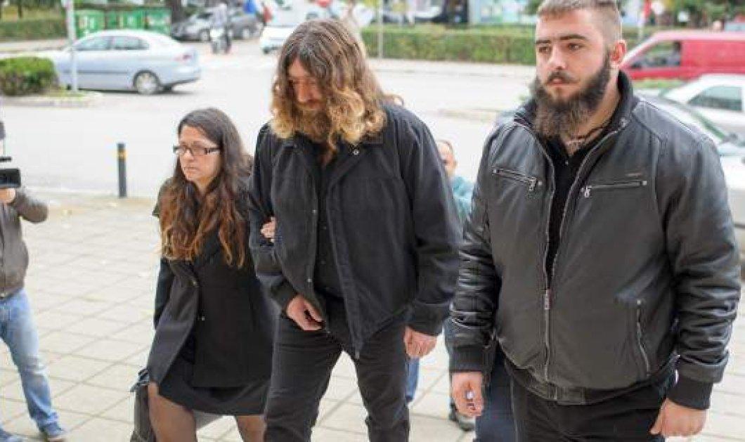 Ο πρώην διευθυντής της γαλακτοκομικής σχολής Ιωαννίνων κατέθεσε μήνυση εναντίον του πατέρα του Βαγγέλη Γιακουμάκη - Κυρίως Φωτογραφία - Gallery - Video