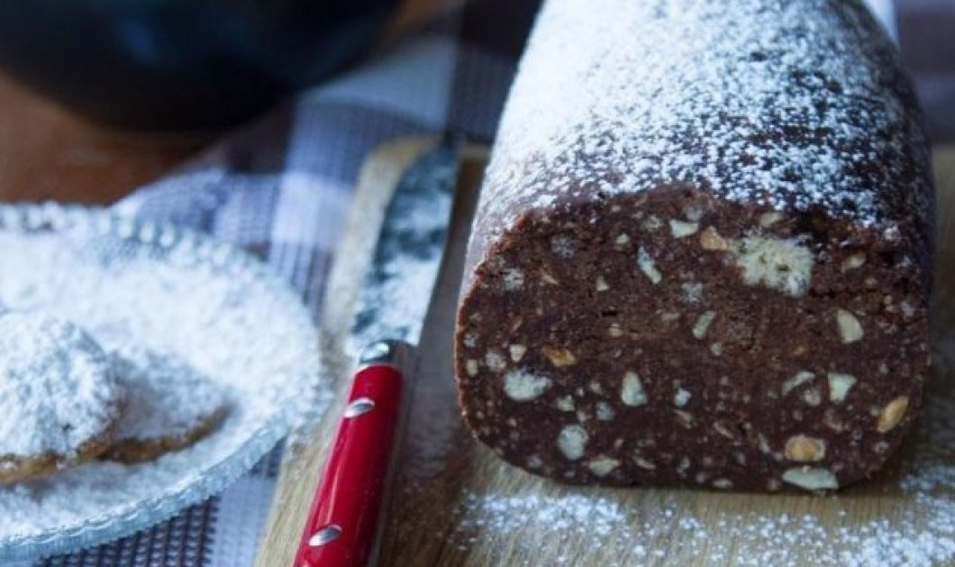 Ένα διαφορετικό και άκρως γιορτινό γλύκισμα δια χειρός Άκη - Πεντανόστιμο μωσαϊκό με κουραμπιέδες  - Κυρίως Φωτογραφία - Gallery - Video