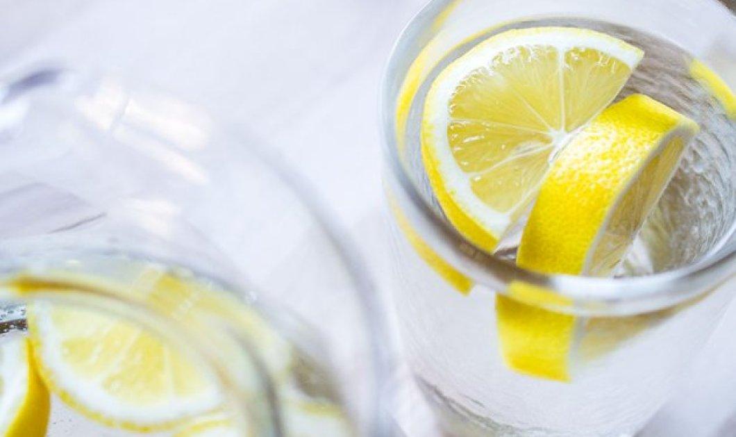 Νερό με λεμόνι: Το... φάρμακο της φύσης για αποτοξίνωση, καλύτερη πέψη & boost του μεταβολισμού - Κυρίως Φωτογραφία - Gallery - Video