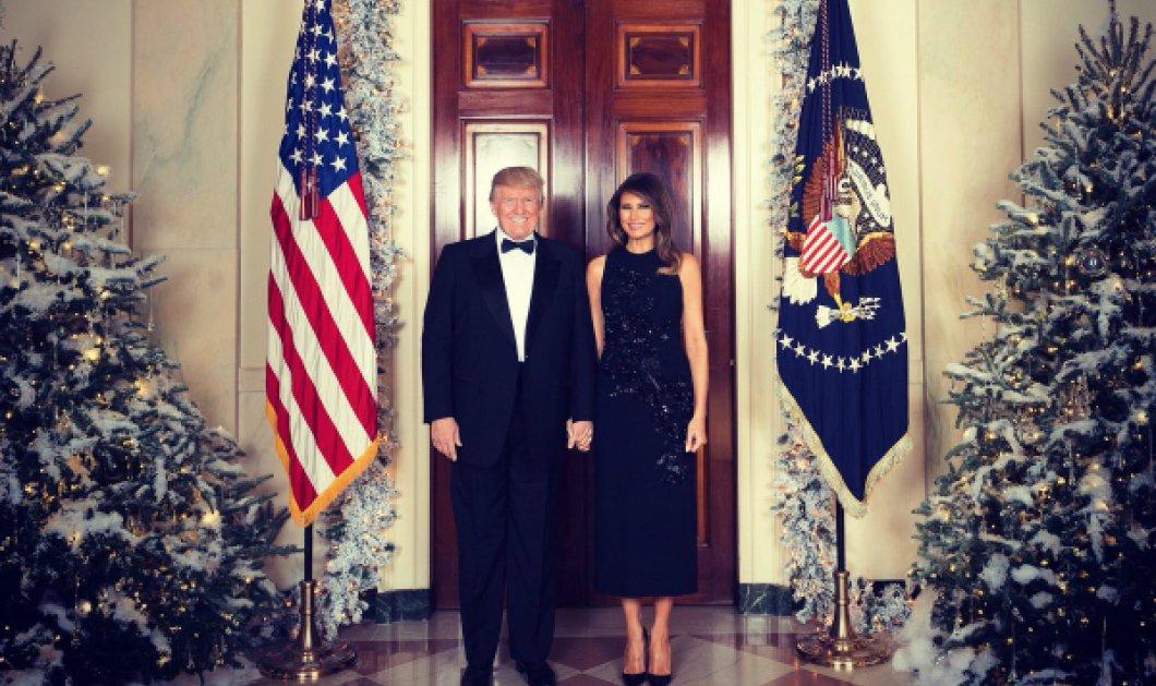 Σε γιορτινή ατμόσφαιρα οι Τραμπ: Στόλισαν τον Λευκό Οίκο για τα Χριστούγεννα - Φωτό & Βίντεο - Κυρίως Φωτογραφία - Gallery - Video