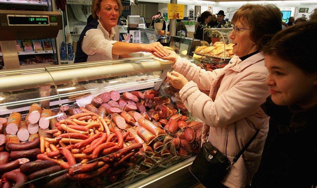 Κυρίες μου προσοχή! - Τα πολλά σαλάμια λουκάνικα και μπέικον αυξάνουν τον κίνδυνο καρκίνου στο μαστό - Κυρίως Φωτογραφία - Gallery - Video