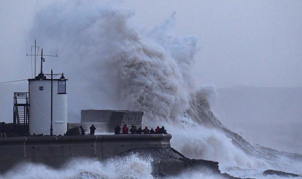 """Ανελέητη η """"Eleanor"""": Η τρομερή καταιγίδα που σαρώνει την Ευρώπη αφήνει πίσω της νεκρούς και τραυματίες (ΦΩΤΟ- BΙΝΤΕΟ) - Κυρίως Φωτογραφία - Gallery - Video"""