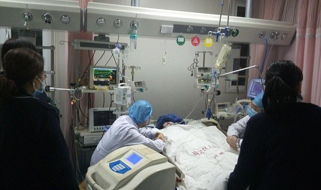 Κινέζα κατέρρευσε μπροστά σε ασθενή- Πέθανε αφού εργαζόταν επί 18 ώρες χωρίς διάλειμμα  - Κυρίως Φωτογραφία - Gallery - Video