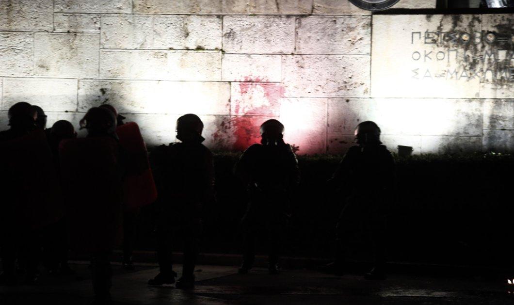 Σοβαρά επεισόδια στην Αθήνα για το πολυνομοσχέδιο (ΦΩΤΟ-ΒΙΝΤΕΟ) - Κυρίως Φωτογραφία - Gallery - Video