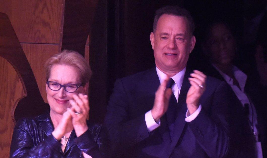 """Ξεκαρδιστικό βίντεο : Η Μέριλ Στριπ κάνει τον Τομ Χανκς στο """"Forest Gump"""" & εκείνος τον """"Διάβολο φορούσε Prada""""  - Κυρίως Φωτογραφία - Gallery - Video"""