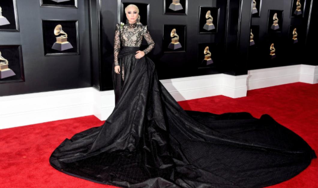 Κόκκινο χαλί στα Grammys 2018: Οι εντυπωσιακές τουαλέτες των stars της μουσικής και οι νικητές (ΦΩΤΟ) - Κυρίως Φωτογραφία - Gallery - Video